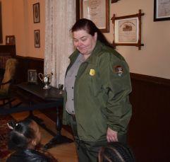 Ranger Baxter talks with children. (Donna Cope/ Alabama NewsCenter)