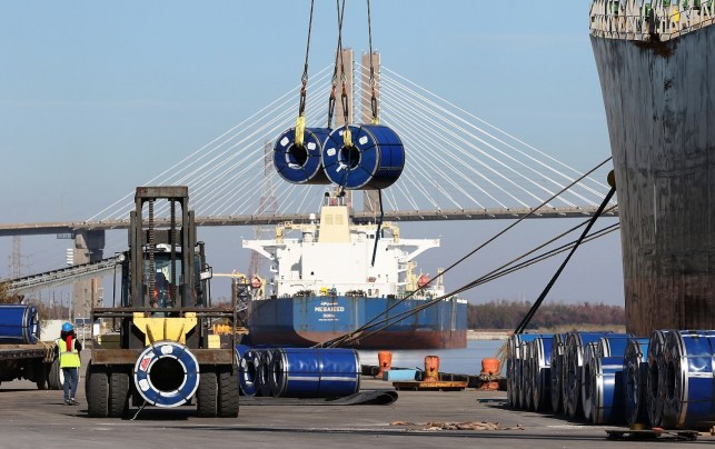 The Port of Mobile was busy in 2016, with Alabama's record $20.6 billion in exports. (Mike Kittrell/Alabama NewsCenter)