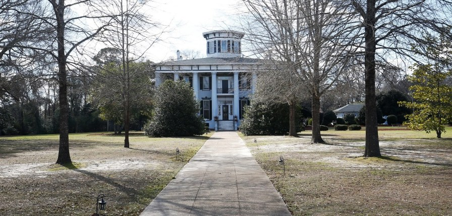 Grey Columns, built in 1840, has served as the president's mansion for Tuskegee University since the 1970s. (Contributed)