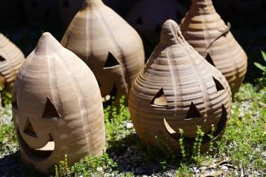 Miller's Pottery creations. (Mark Sandlin / Alabama NewsCenter)