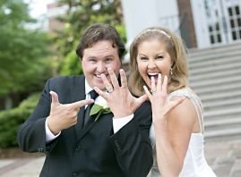 Berry said that she owes her health and the joy she experienced on her wedding day to her husband and her life-giving kidney and pancreas transplant. (Jan Berry)