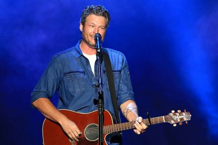 Blake Shelton will perform at Music and Miracles SuperFest April 22. (Adam Grim)