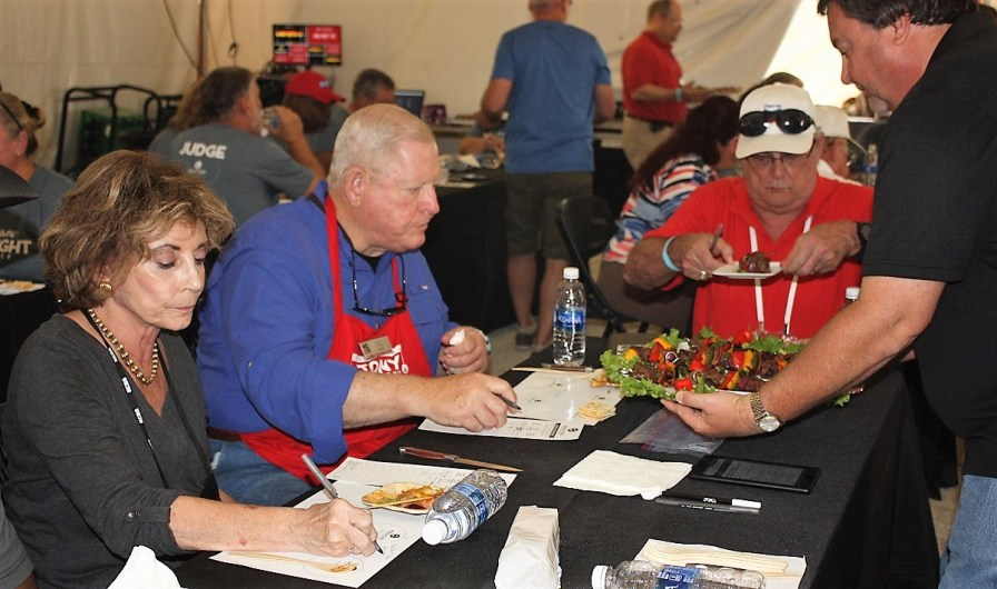 Judges score dishes at the World Food Championships in Orange Beach. (Robert DeWitt / Alabama NewsCenter)