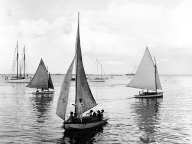 Members of the Buccaneer Yacht Club enjoy a leisurely trip into Mobile Bay near the Arlington Docks in 1935. (From Encyclopedia of Alabama, courtesy of the Doy Leale McCall Rare Book and Manuscript Library)