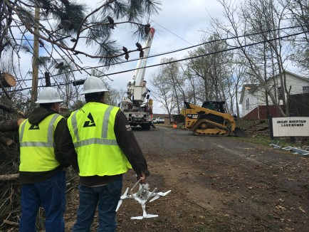Alabama Power crews were restoring power to affected areas as soon as it was safe following Monday night's tornadoes and storms. (Brittany Faush / Alabama NewsCenter)