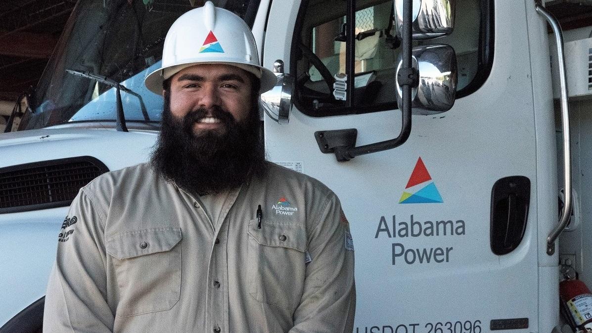 Alabama Power Western Division lineman traveled to Puerto Rico