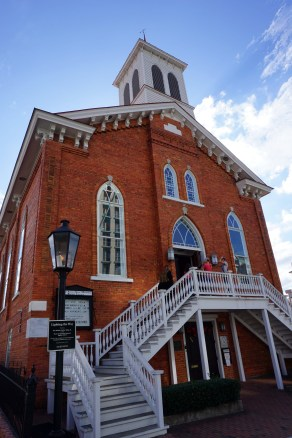 Dexter Avenue King Memorial Baptist Church. (Erin Harney/Alabama NewsCenter)