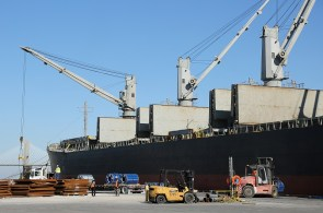 The Alabama State Port Authority is the second largest steel port in the nation. (Mike Kittrell / Alabama NewsCenter)