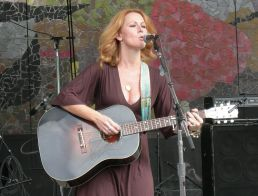 Allison Moorer performs at Bumbershoot, a music and arts festival held every Labor Day in Seattle, Washington. (Joe Mabel, Wikipedia)