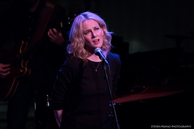 Allison Moorer performing at Lincoln Center's American Songbook, Feb. 8, 2018. (Photo by Steven Pisano, Flickr)