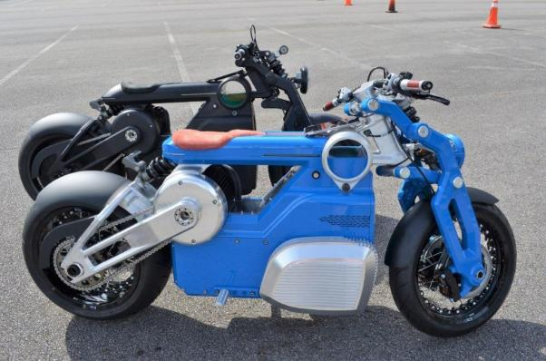 "The Zeus motorcycle from the ""Hot Rod Gods"" collection is the first electric motorcycle from Birmingham's Curtiss Motorcycles. (Michael Tomberlin / Alabama NewsCenter)"