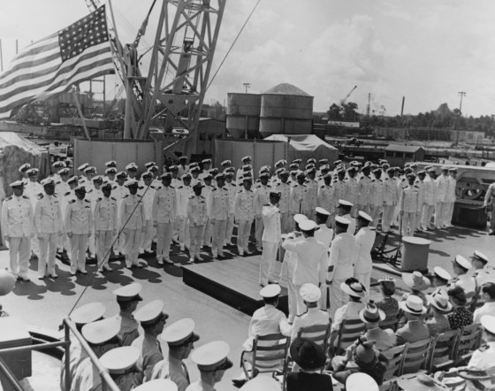 Commissioning ceremonies in Norfolk Navy Yard, Portsmouth, Virginia, Aug. 16, 1942. (Naval History and Heritage Command)