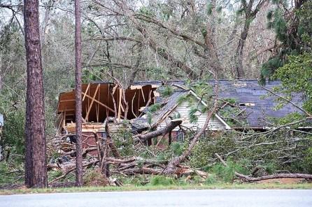 Strong winds damaged some homes. (Wynter Byrd/Alabama NewsCenter)