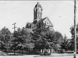 The old Franklin County courthouse in Russellville was completed in 1893, after a suspicious fire destroyed the original courthouse in Belgreen in 1890. This new structure was lost to a fire in 1953 and replaced with the current courthouse in 1955. (From Encyclopedia of Alabama, photo courtesy of the Alabama Department of Archives and History)