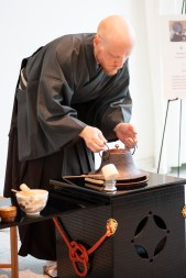 Josh Haynes of Chado Urasenke Takokai Birmingham Association presents a Japanese tea ceremony. (Phil Free/Alabama NewsCenter)