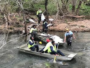 Hundreds turned out for the Renew Our Rivers cleanup of Valley Creek. Volunteers in multiple locations cleaned up the waterway as well as the watershed areas to prevent trash from making it to the waterway. (Michael Sznajderman / Alabama NewsCenter)