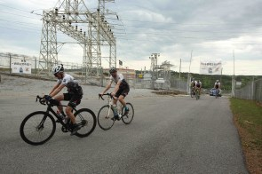 Arrival at Lay Dam. (Meg McKinney/Alabama NewsCenter)