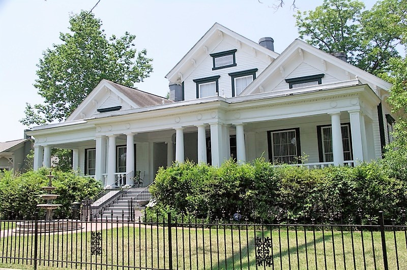 The Eufaula Pilgrimage features a number of classic Alabama homes such as the Thorton-Rudderman House. (contributed)