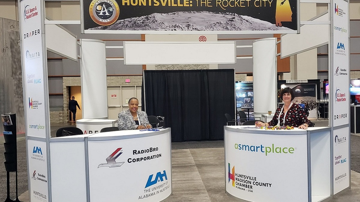 Alabama's 'Rocket City' shows off advantages at international space conference