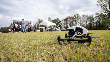 Students learn about drones. (Dennis Washington / Alabama NewsCenter)
