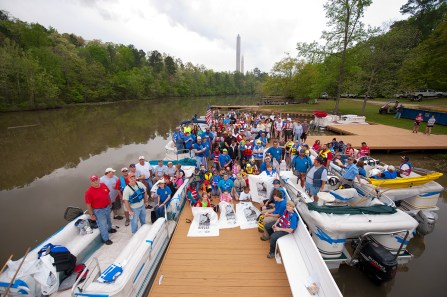 Renew Our Rivers cleanups draw substantial numbers of Alabama Power Service Organization volunteers. (contributed)