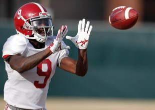 Alabama wide receiver Xavier Williams (9) practices in preparation for the Vrbo Citrus Bowl. (Kent Gidley/University of Alabama Athletics)