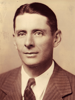 W. Stanley Hoole was a professor of English at Birmingham-Southern College during the mid-1930s before a Rockefeller Foundation grant to improve the college's library holdings shifted his career toward librarianship. (From Encyclopedia of Alabama, courtesy of W.S. Hoole Special Collections Library, The University of Alabama Libraries)