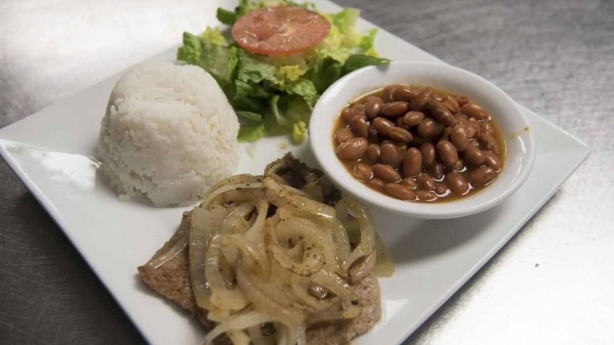 Miami Fusion Café nourishes body and soul