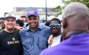 Charles Barkley poses with members of the Miles College baseball team during his September visit to the campus. (Solomon Crenshaw Jr./Alabama NewsCenter)
