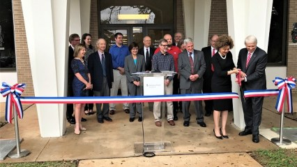 The Alabama Power Foundation and the University of South Alabama cut the ribbon and held the grand opening for the new Coastal Weather Research Center on Feb. 11. (Michael Tomberlin / Alabama NewsCenter)