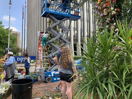 Florists adorned the Birmingham Rotary Trail wth flowers to bring healing to the city. (Ike Pigott/Alabama NewsCenter)