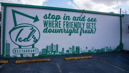 One of two murals painted outside of Ted's Restaurant. (Dennis Washington / Alabama NewsCenter)
