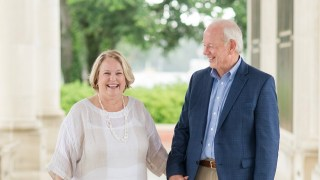University of South Alabama scholarship signifies couple's love for each other, passion for giving