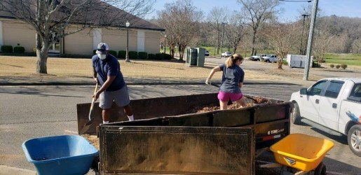 Children of Autauga County can play outdoors at ACDHR thanks to the help of the Autauga Leadership class, APSO employees and other volunteers in the community. (Lisa Knight / Alabama NewsCenter)