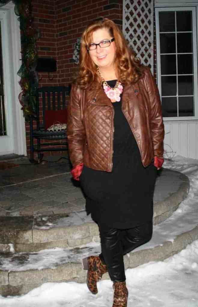 Blog Conference outfit, LBD, leather leggings and leather jacket with great boots