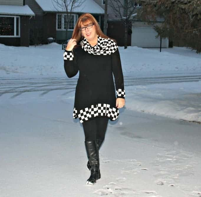 fecbek tunic with black and white checks