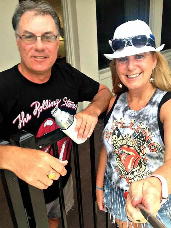 Rolling stones couple selfie