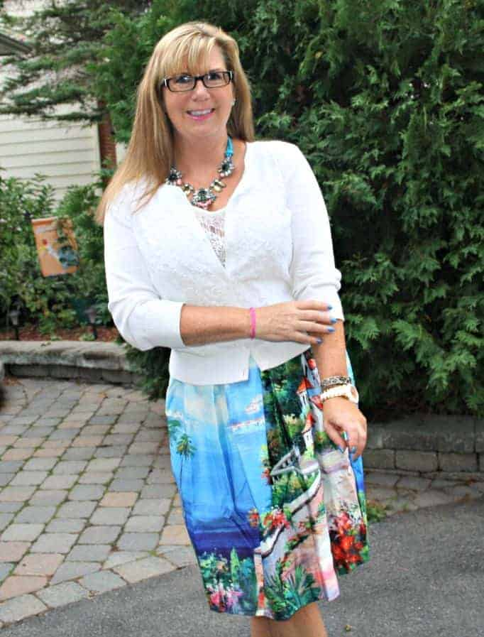 H & M necklace and cami with my seascape skirt