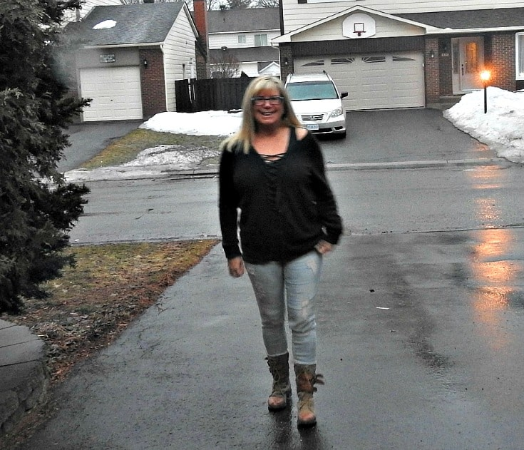 strolling in Hunter Green Sweater I found at Forever 21 with some distressed skinnies and boots from Giant Tiger
