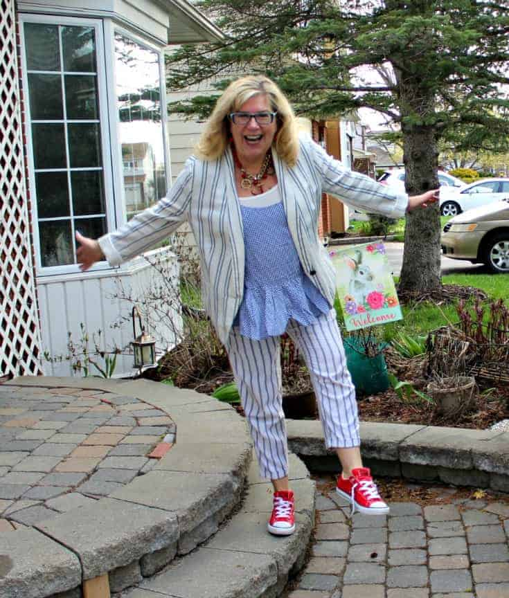 Old Navy peplum cami with linen stripped pants, blazer and red converse
