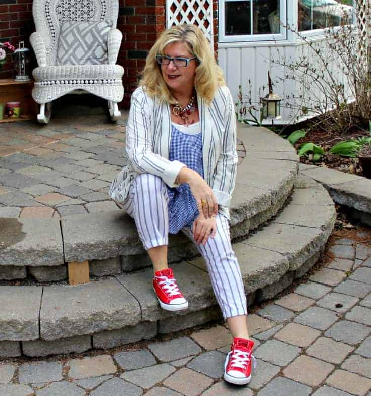 Old Navy peplum gingham cami with linen blazer and red converse