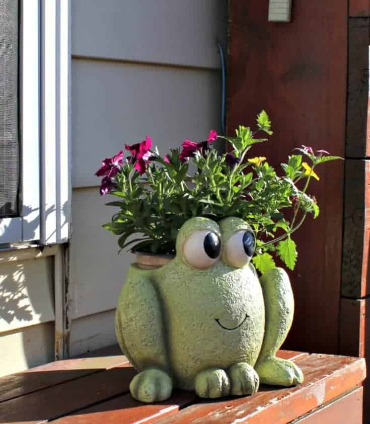 Precious Moments Garden Collection Ribbit the frog