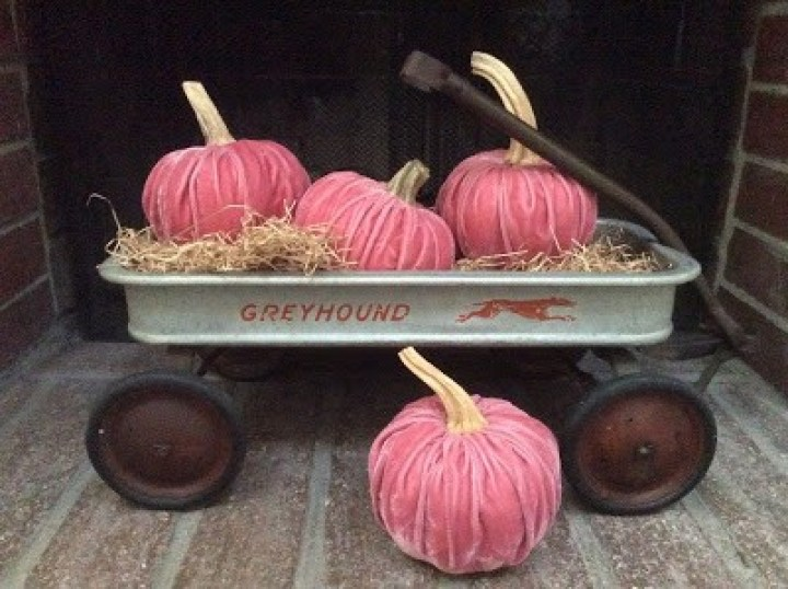 velvet no sew pumpkins