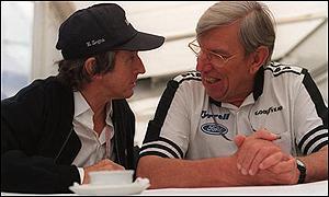 Ken Tyrrell (à droite) avec Jackie Stewart (à gauche)