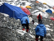 China Clamps Down on Everest Climbs