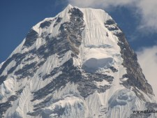 Sherpa Death on Ama Dablam