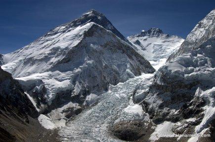 Climbing in the Khumbu Icefall