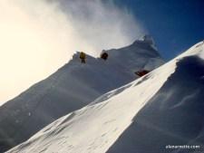 Autumn 2018 Himalayan Climbing: Sherpas Dies on Dhaulagiri