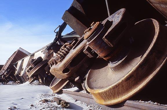 train_wreck_2_l