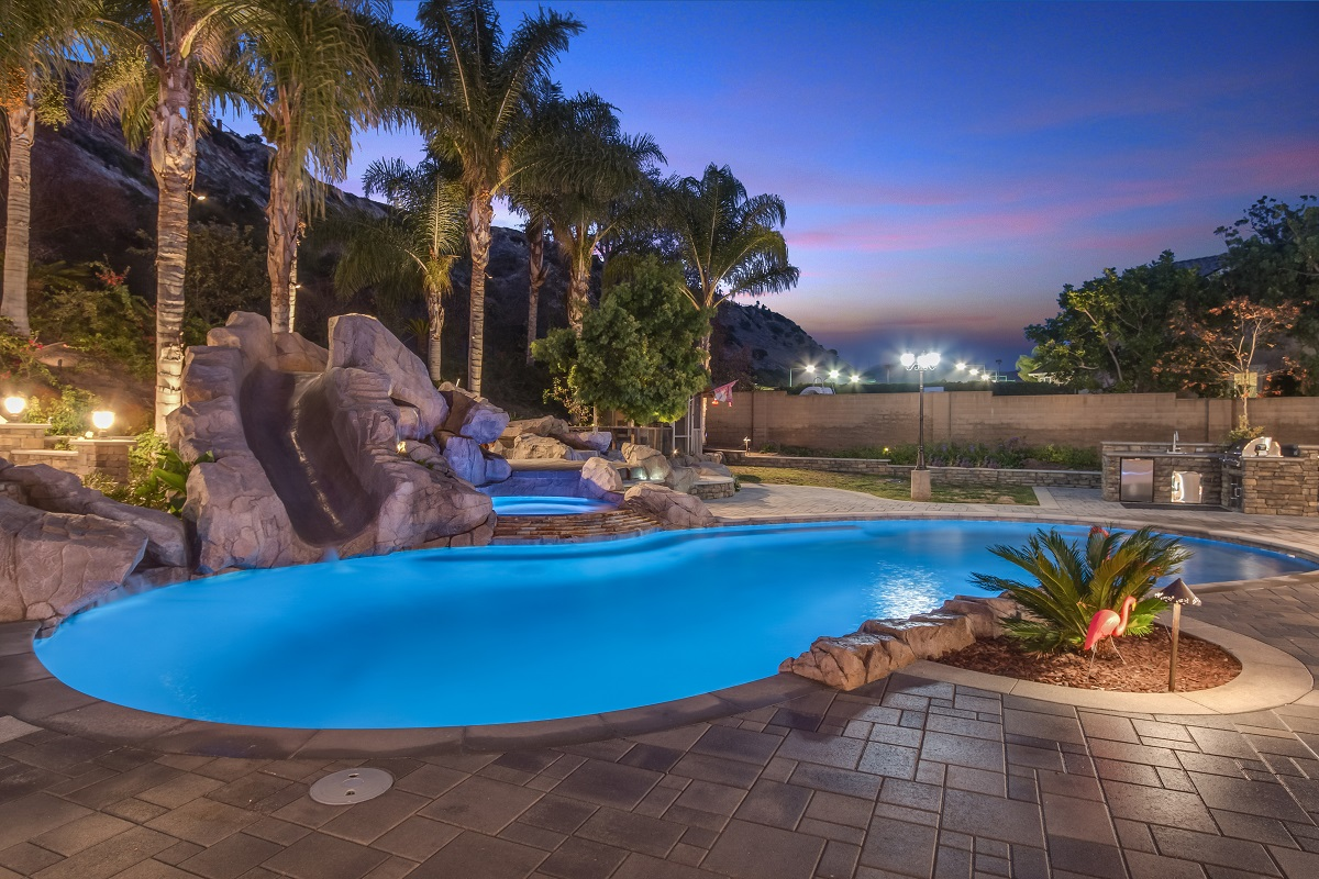 Landscape Lighting, Cabling, Controls | Alan Smith Pools ... on Outdoor Living And Landscapes id=88454